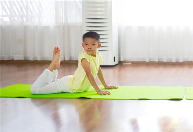 儿童瑜伽,上天送给孩子最好的礼物